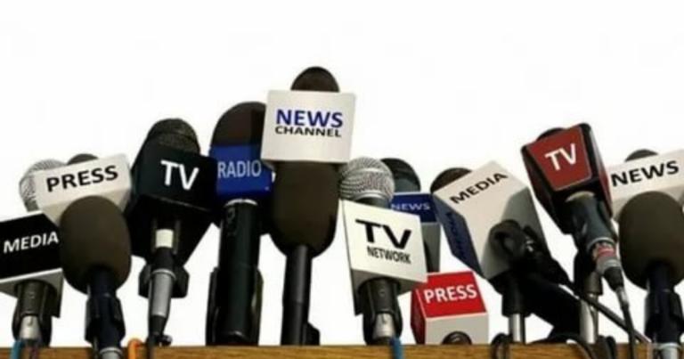 Read more about the article Consulente comunicazione politica: perché è importante sui social